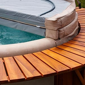 Hot Tub with Spa Cover