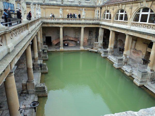 hot-tub-roman