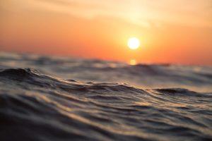 salt water hot tub sun
