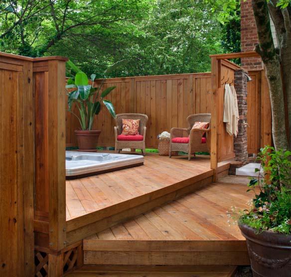 Hot tub fencing