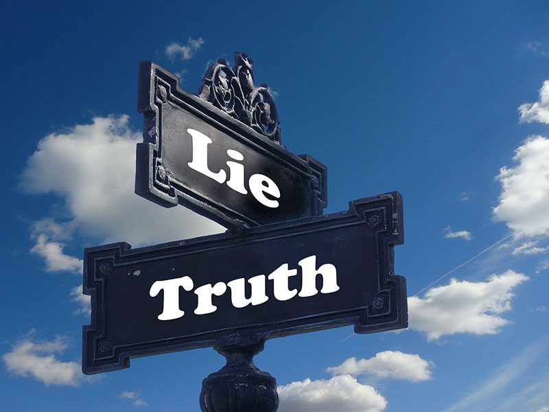 Lie and truth on sign posts